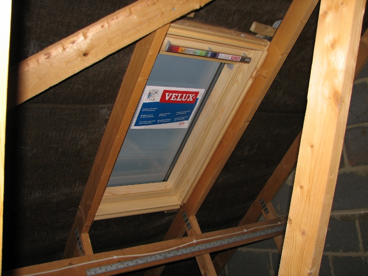 Fitting Velux Windows >> Example Loft Conversion - Installing Velux Rooflights